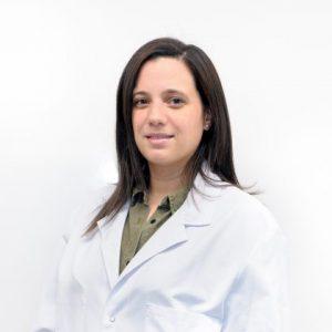 iriartemaxilofacial-Doctora-Paola-Cristina-Sambo-420x420